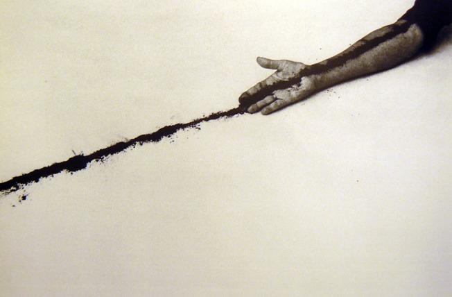 """Helena Almeida. """"Desenho"""", 1999"""